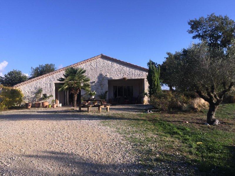 Vente maison en pierre restauree - Garage beausejour la penne sur huveaune ...